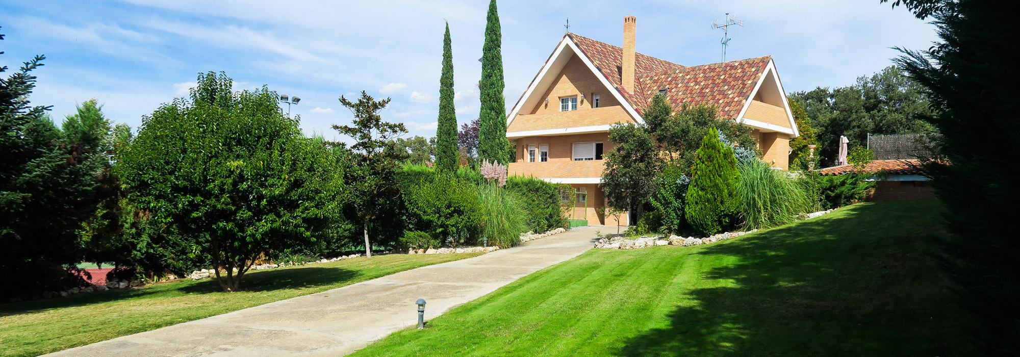 815m² Villa for sale in Ciudalcampo, Madrid